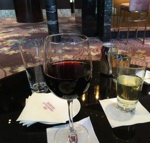 成都ラウンジワイン