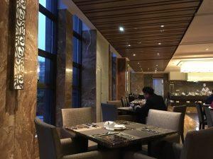 成都空港ホテル朝食場所