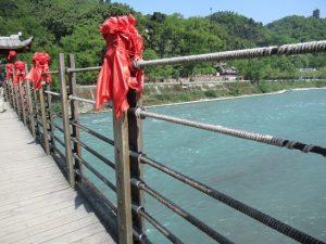 都江堰景区吊り橋スキマ