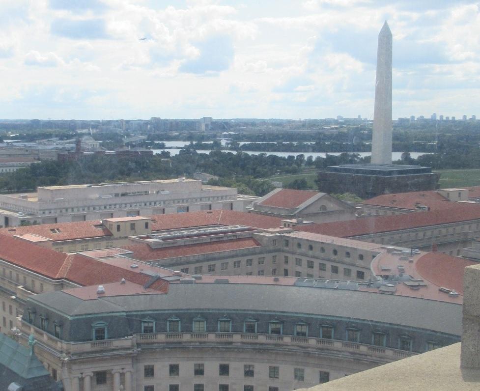 時計塔からみたワシントン記念塔