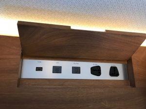 ヒルトン名古屋HDMIポート
